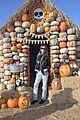 alessandra ambrosio molly sims pumpkin patch 07