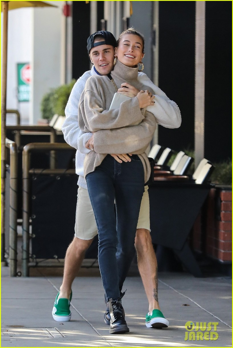 justin bieber spins wife hailey as they dance in the street 014190605