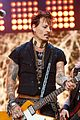 johnny depps hollywood vampires cover david bowies heroes on kimmel 09