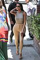 kim kardashian goes braless while getting lunch 06