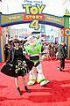 keanu reeves tom hanks toy story 4 premiere 31