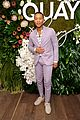 chrissy teigen celebrates new quay collection 02