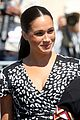 meghan markle prince harry arrive south africa 19