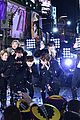 bts rockin eve performance pics 15