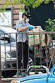 casey affleck goes grocery shopping in mask gloves 07