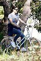 jennifer garner heads out on solo bike ride 03