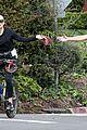 kate hudson danny fujikawa enjoy bike ride amid coronavirus concerns 01