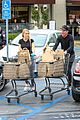 dennis quaid laura savoie stock up on groceries 20