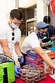 jason dohring donates meals eric trainer pics 02