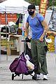 joel mchale buff biceps at farmers market 02