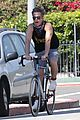 chris pine annabelle wallis bike ride 59