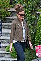 kate beckinsale goody grace grocery shopping 10