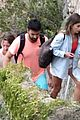 emilia clarke vacation with friends 51
