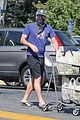 jon hamm food shopping with girlfriend anna osceola 09