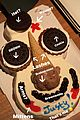 justin theroux had a cookie puss cake for his birthday 01