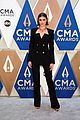 taylor hill in versace cma awards 2020 09