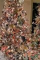 cardi b emotional christmas decorations 03