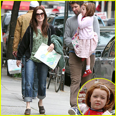 Julianne Moore's Daughter Liv Helen