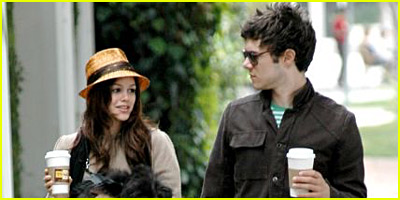 Rachel Bilson and Adam Brody Walk Dogs