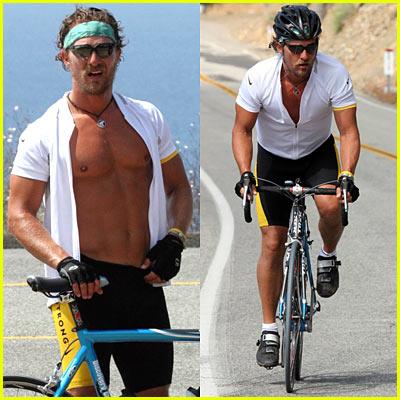 Matthew McConaughey Shirtless - SURPRISED?