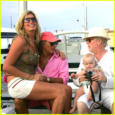 Rod Stewart & Penny Lancaster Pictures