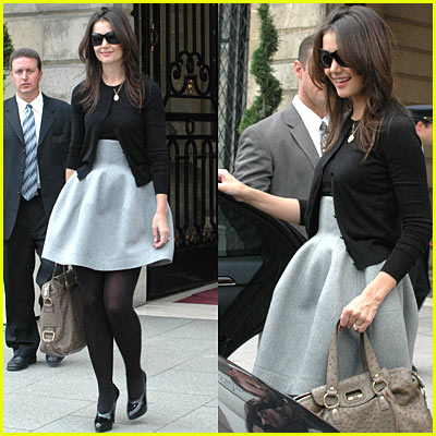Katie Holmes is Fashionable