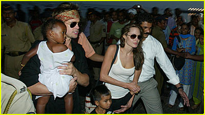 Brad & Angelina's Boat Ride in Mumbai