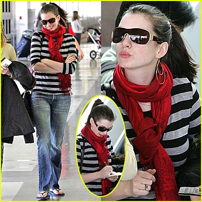 Anne Hathaway Gets Her Kiss On