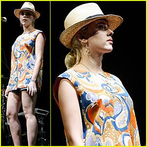 Scarlett Johansson @ Coachella 2007