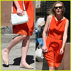 Kirsten Dunst Bypasses the Elderly
