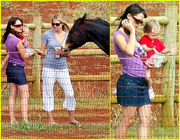 Jennifer Garner Feeds the Horses