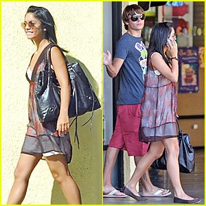 Zanessa Do Some Strip Mall Shopping