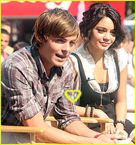 Zanessa @ The Early Show
