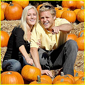 Heidi & Spencer Go Pumpkin Picking