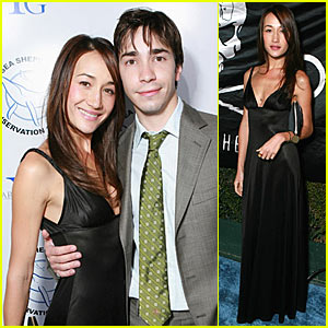 Maggie Q Breaks the Ice