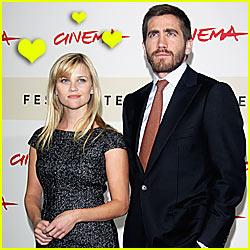 Reese & Jake: Kissing in Public!