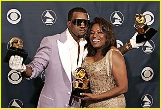 Kanye West's Mom Dies