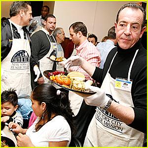 Michael Lohan Serves Thanksgiving Dinners