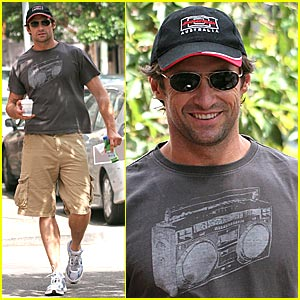 Hugh Jackman is Clean Shaven