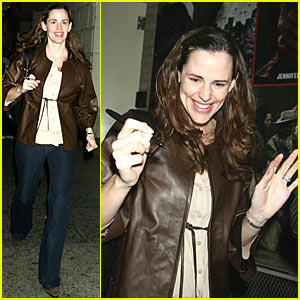 Jennifer Garner is a Broadway Babe