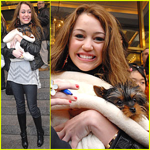 Hannah Montana is a Pooch Lover