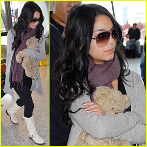 Vanessa Hudgens: Bye-Bye Washington!