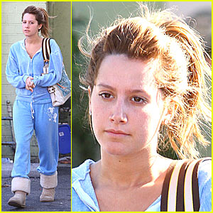 Ashley Tisdale Pretties Up