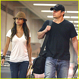 It's Raining Nick Lachey & Vanessa Minnillo