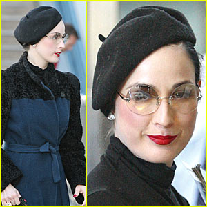 Dita Von Teese Flies in Style