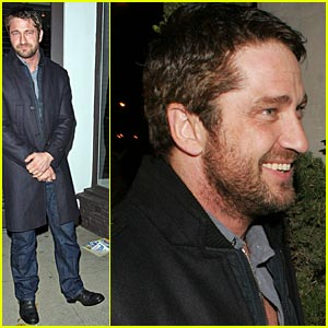 Gerard Butler is Villa Sexy