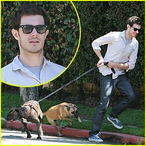 Adam Brody Wags the Dogs
