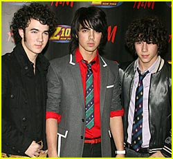 The Jonas Brothers to Perform @ Dancing With The Stars
