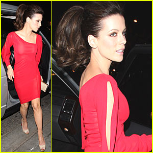 Kate Beckinsale is Red Hot