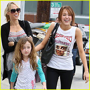 Miley Cyrus is a City Slicker | Miley Cyrus : Just Jared